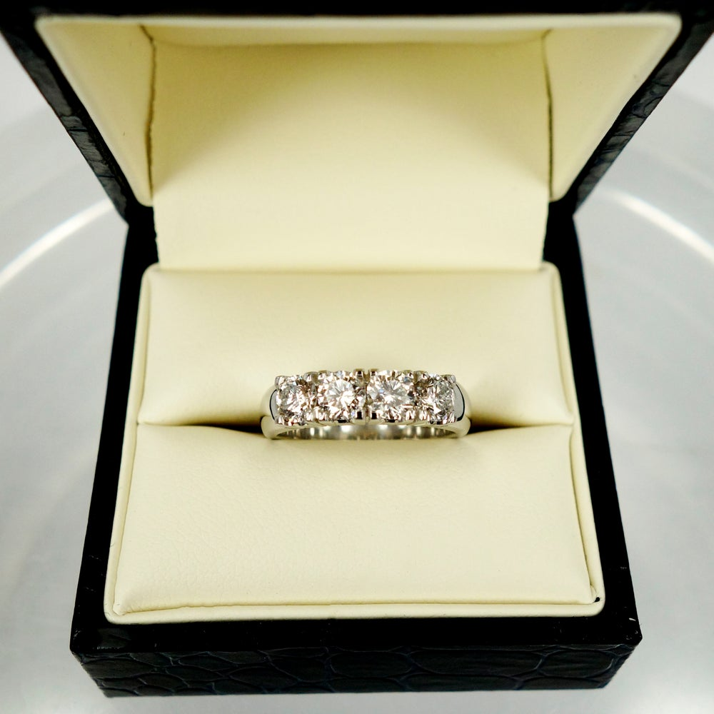 Image of 18ct White Gold Anniversary Ring