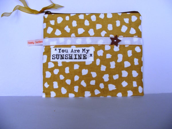 Image of Sunshine quote purse