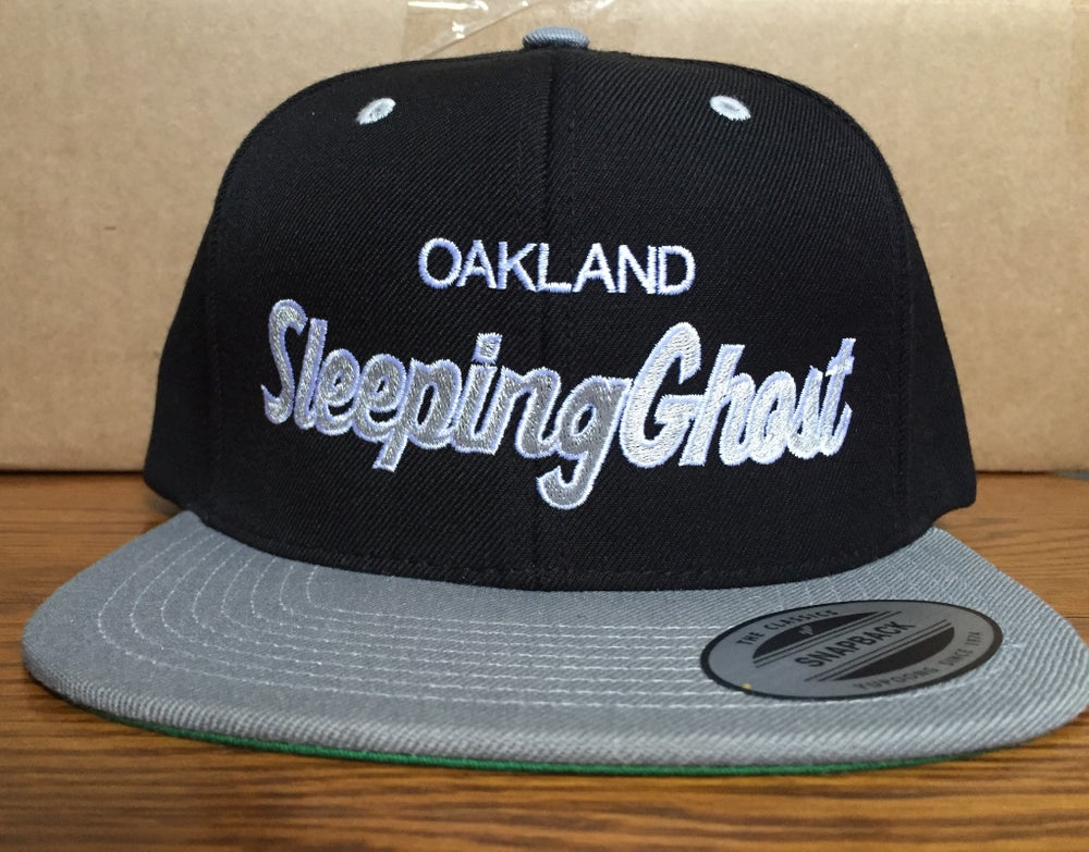 Image of SILVER & BLACK SNAPBACK