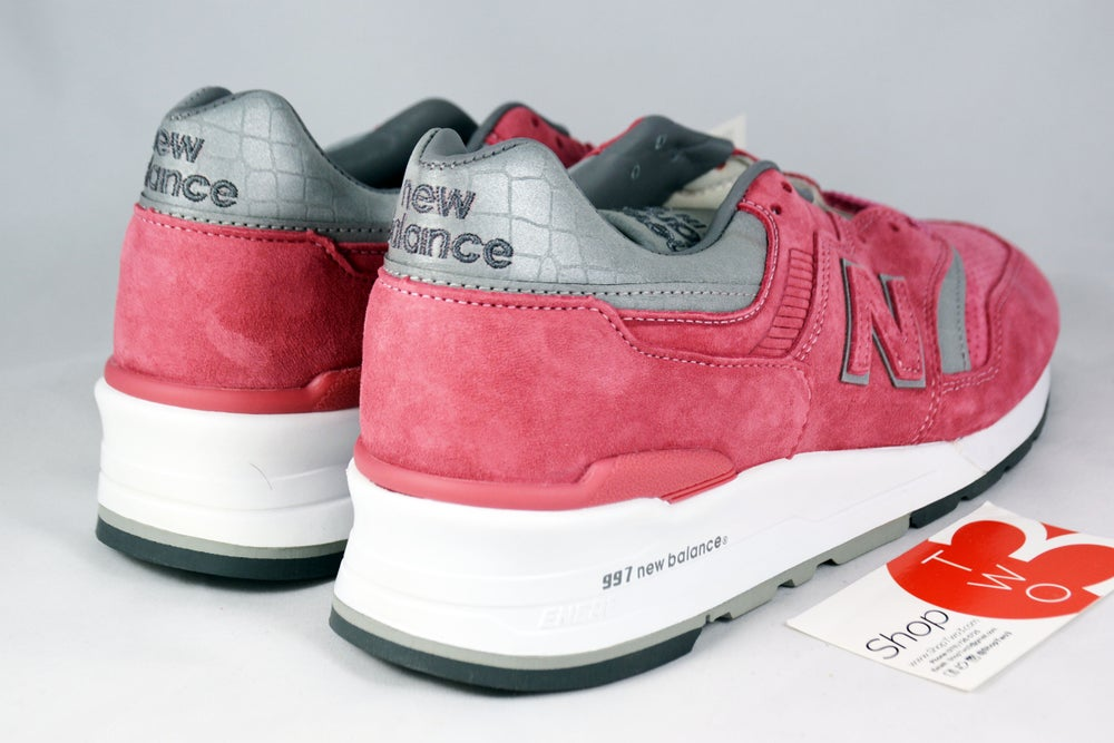 """Image of New Balance M997 """"CONCEPTS ROSE"""""""