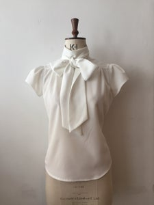 Image of Cap sleeve lulu blouse