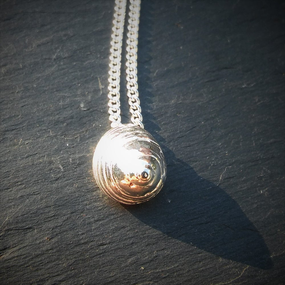Image of Silver Periwinkle Pendant