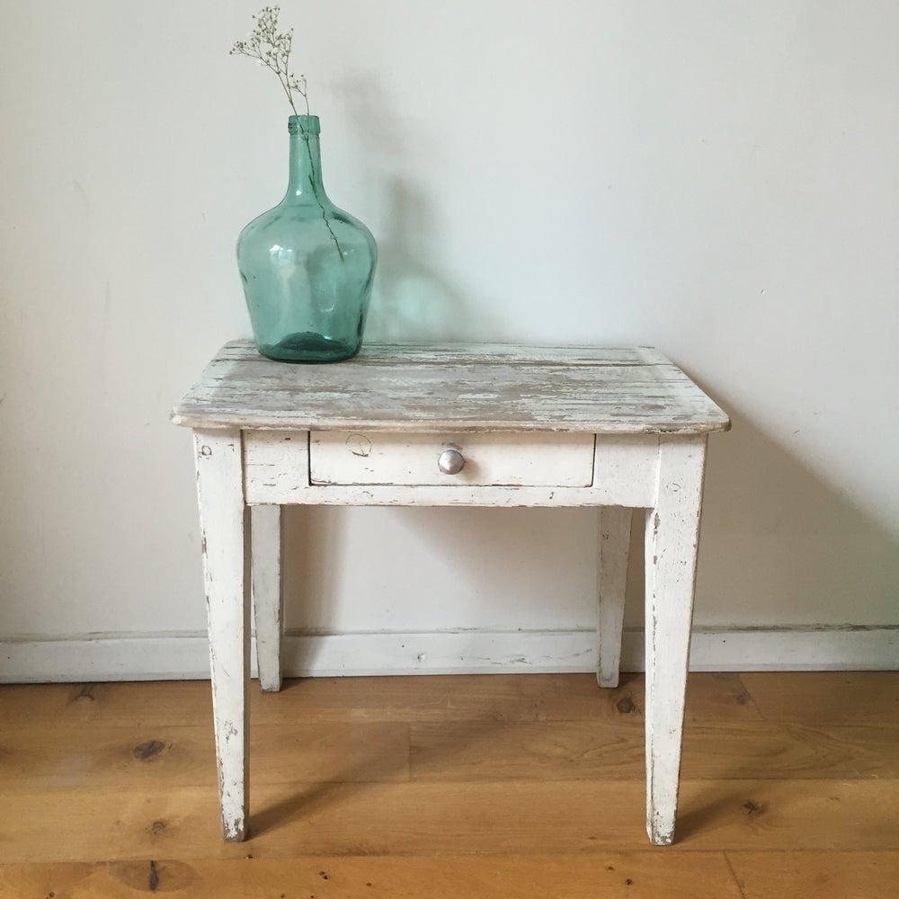 Image of Paulette, petite table / chevet
