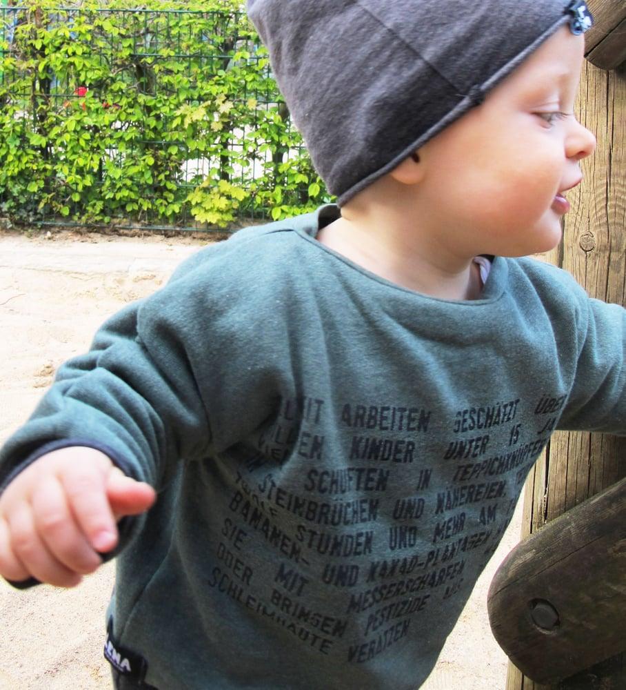 "Image of Kinder Pulli ""Kinderarbeit"" grün meliert"