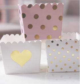 Image of {White & Gold Heart} Scallop Favour Box