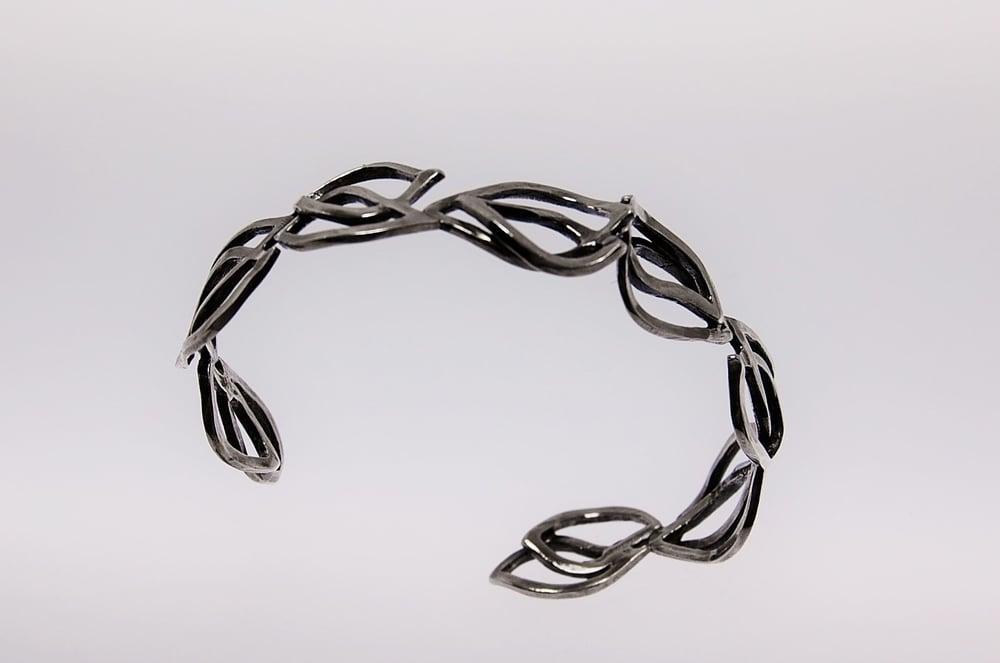 Image of Tratti silver skinny cuff