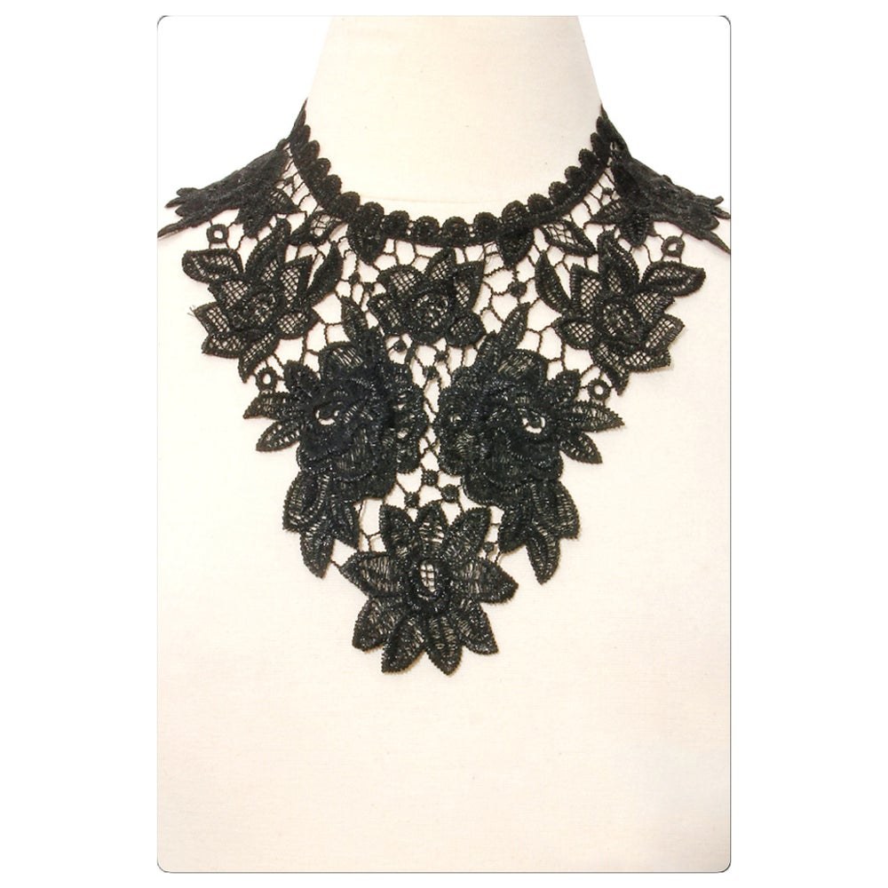 Image of Lace Babero Statement Necklace