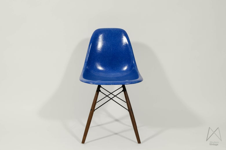 Image of Eames Herman Miller 1960 DSW mid blue walnut dowel base