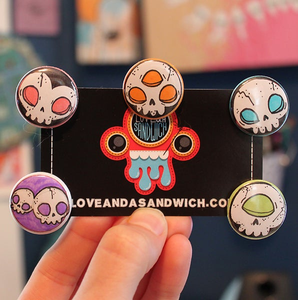 Image of Handdrawn Skull buttons