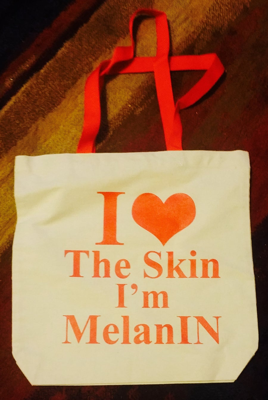Image of I LOVE THE SKIN I'M MelanIN TOTE W/RED LETTERS