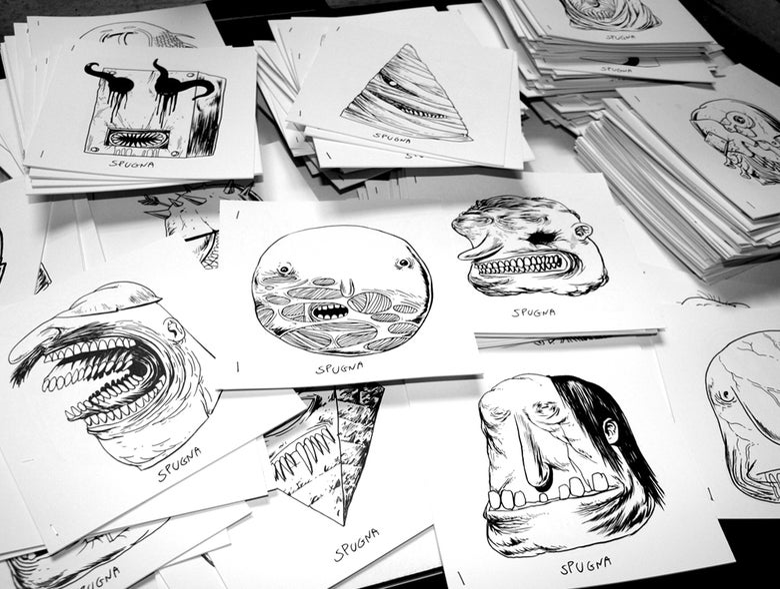 Image of HEADS minizines