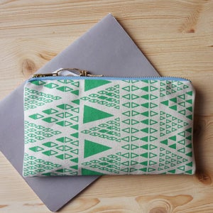 Image of Zig Zag Dot pencil case - deco green