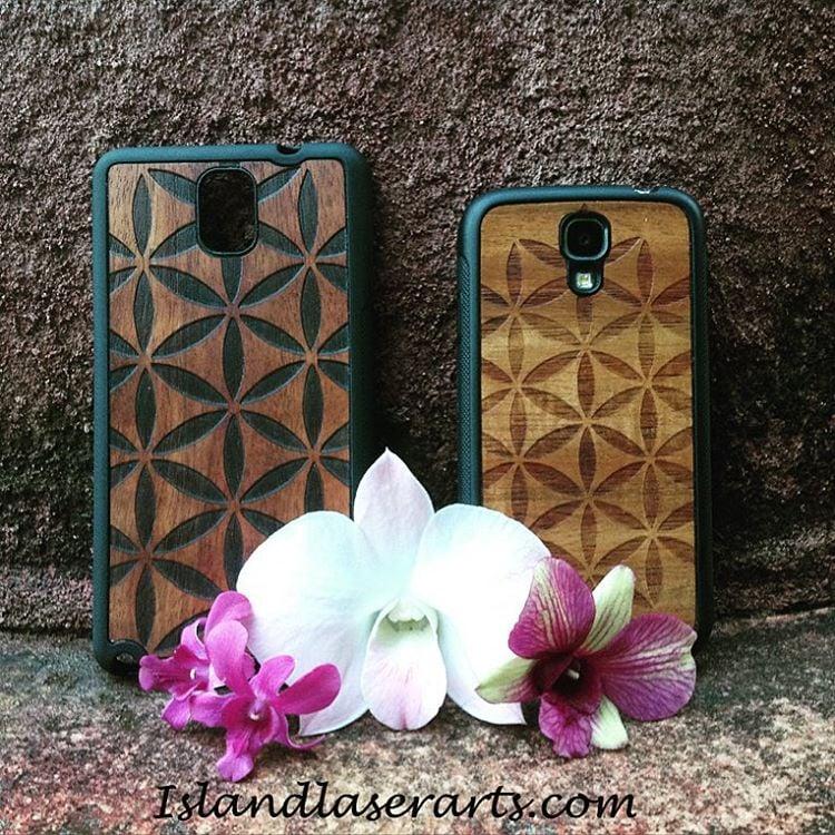 "Image of Flower of life ""wall paper"" Koa wood phone case"