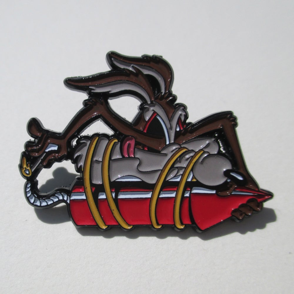 "Image of ""Wile E. Coyote chase"" enamel pin"