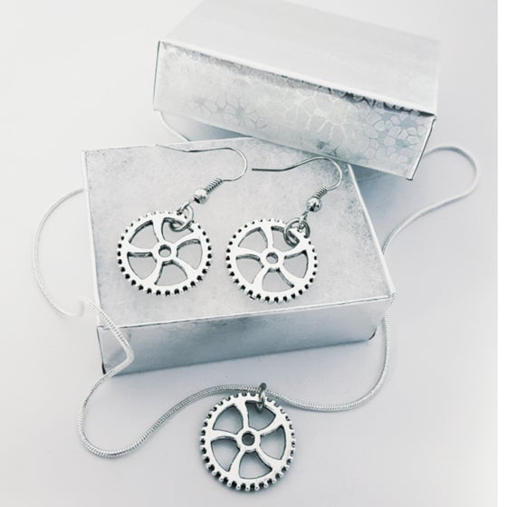 Image of Small Gear Necklace and Gear Earrings