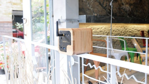 Image of Min622 portable bluetooth speaker-oak