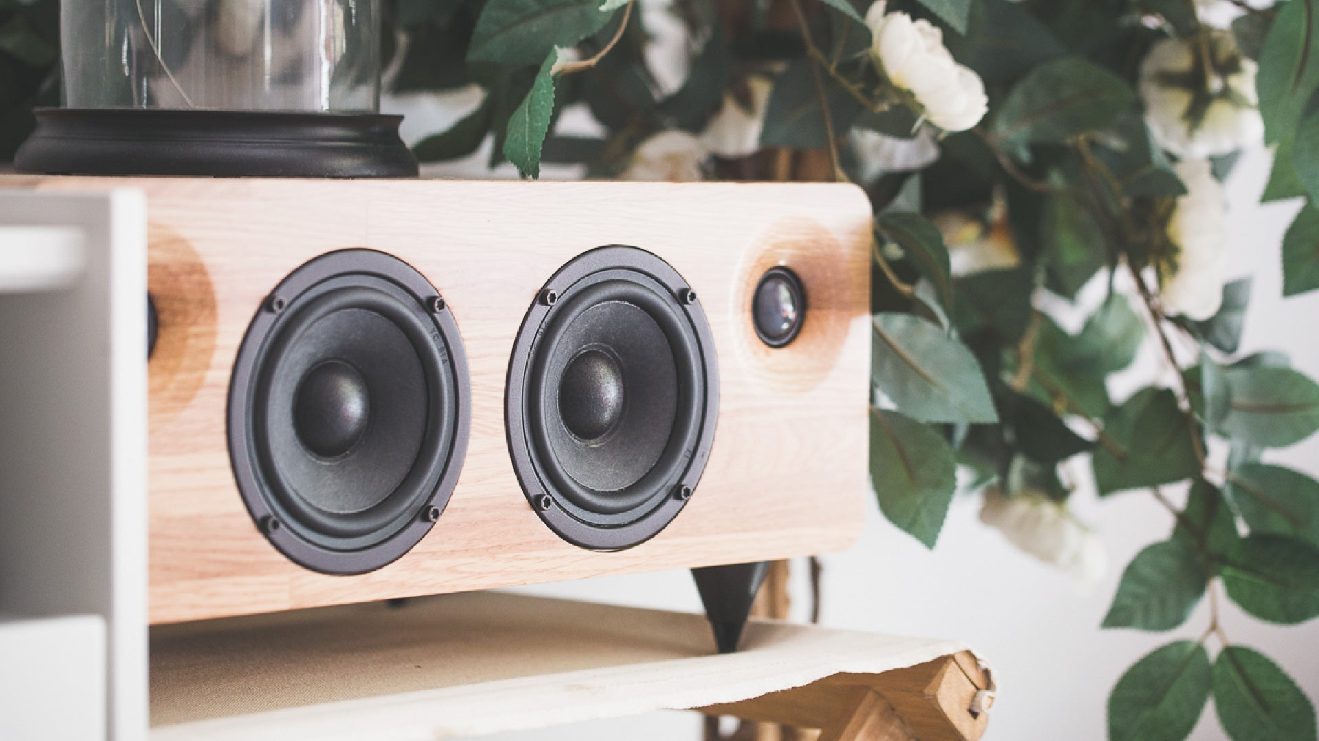 MIN7 : The Multi-function Handmade Wooden Speaker-oak
