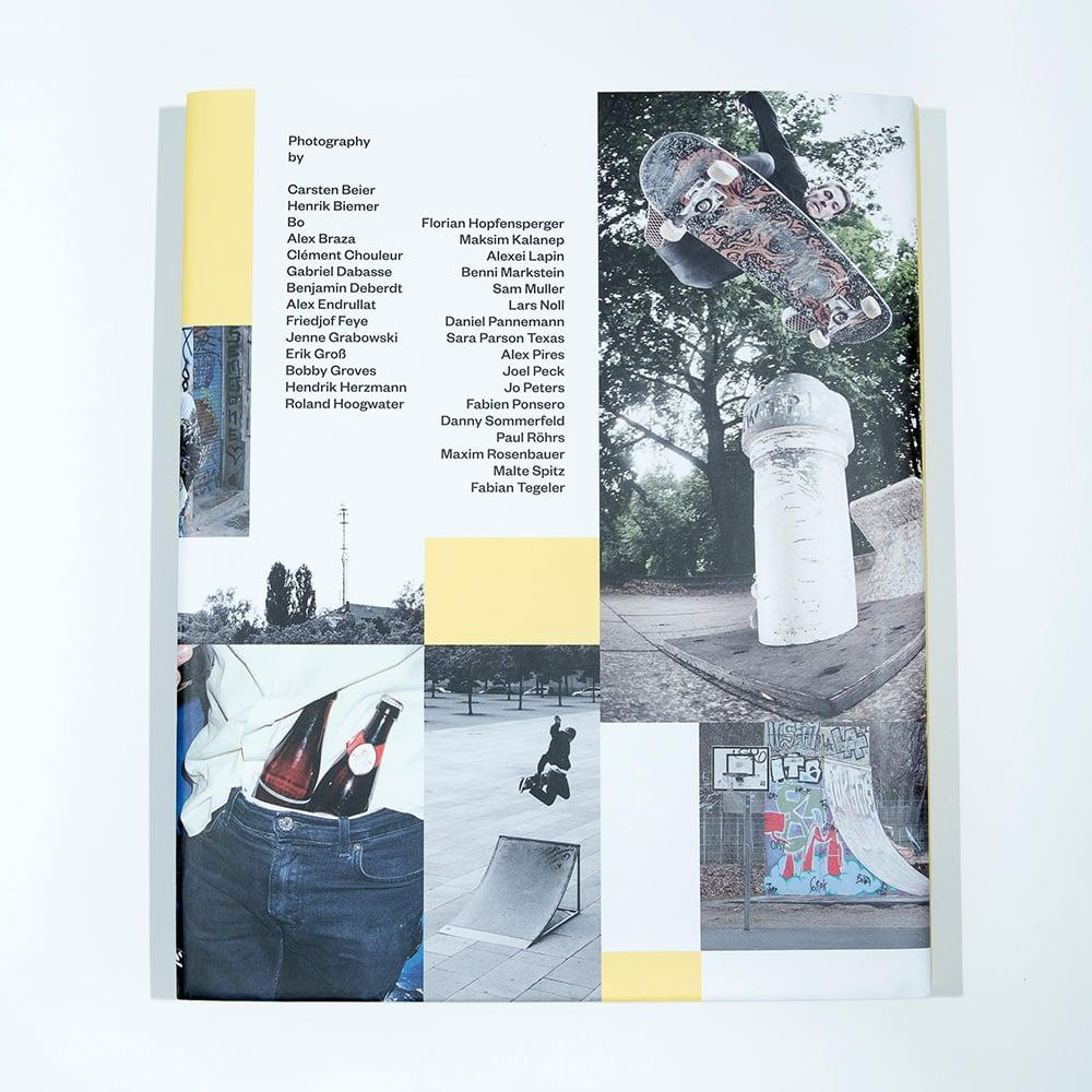 Aus Berlin Yearbook 2015