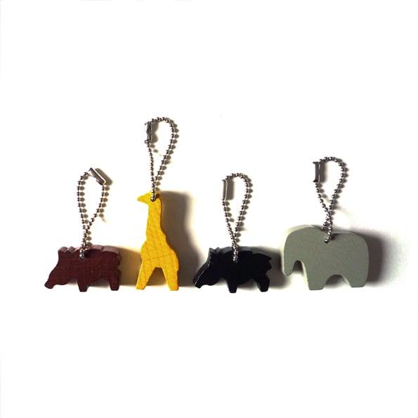 Image of Anhänger und Halskette von COPAINCOPINE - Giraffe