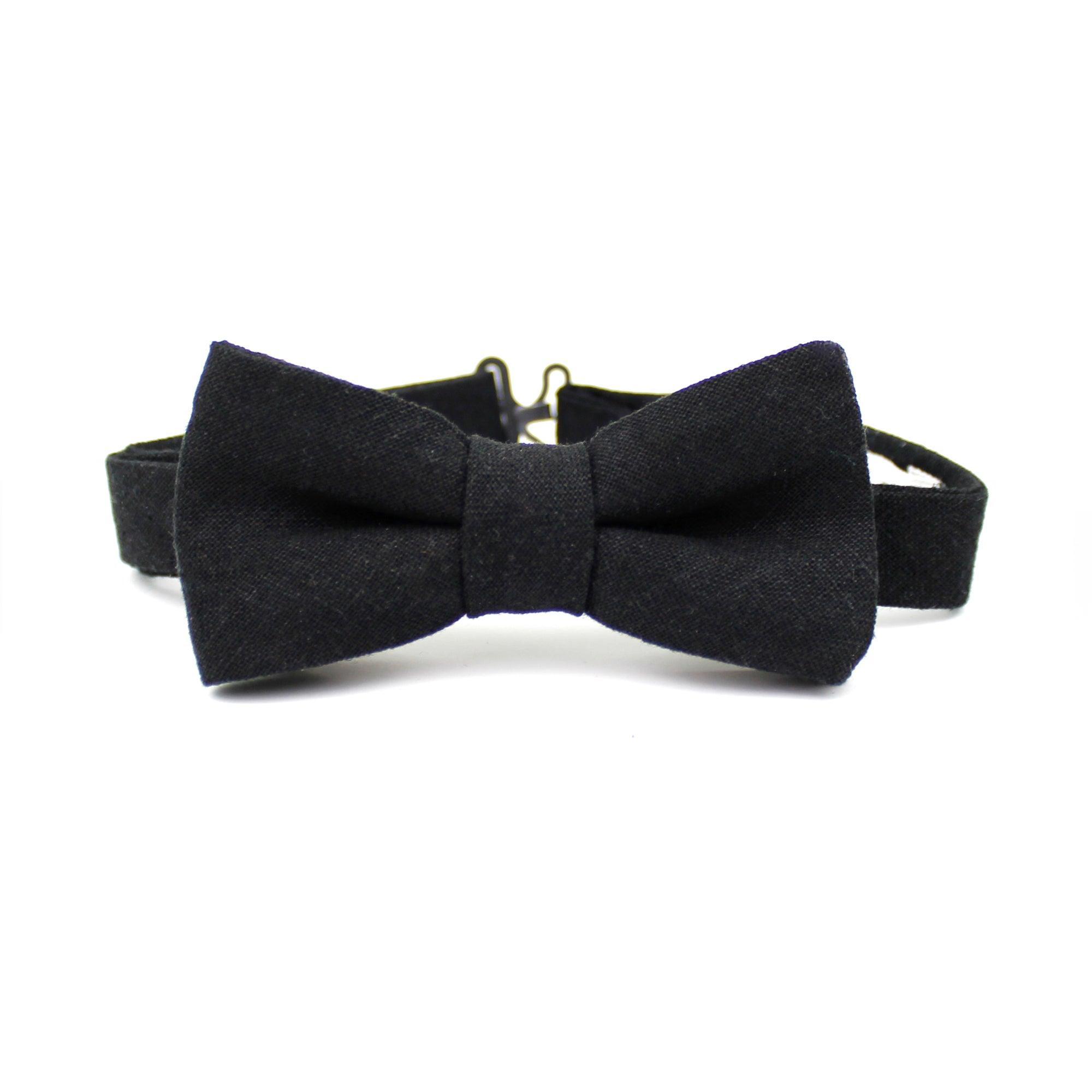 Black cotton bow tie printed with fox head