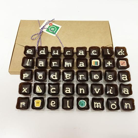 """Image of Xocowhats, missatge de xocolata: """"educació:..."""""""
