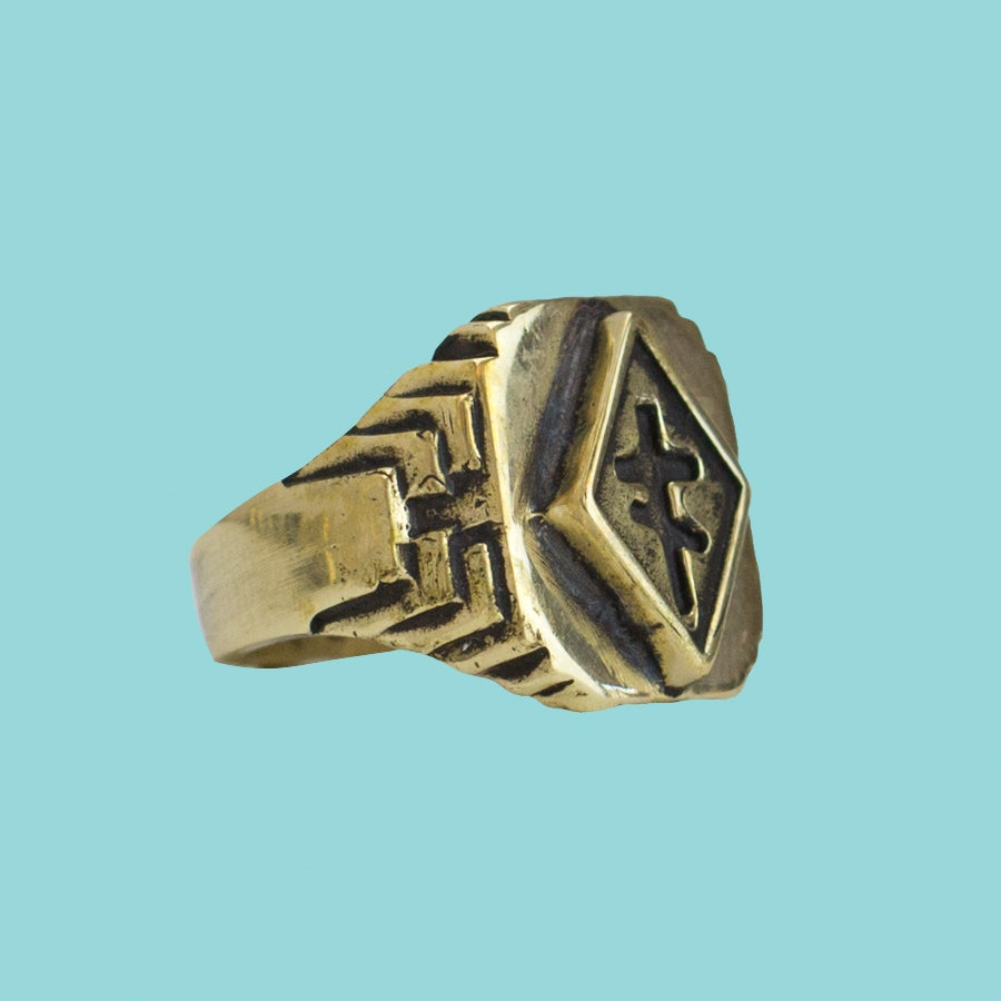 CROSS OF THIEVES RING