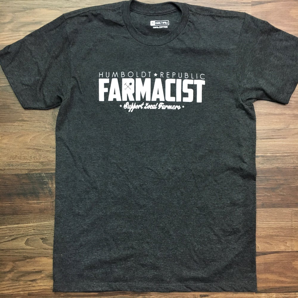 "Image of ""Farmacist"" Men's Classic Tee"