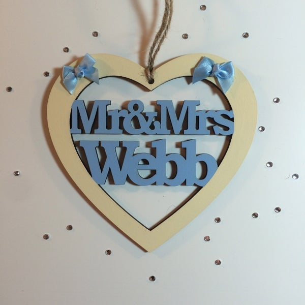 Image of Mr & Mrs wooden heart
