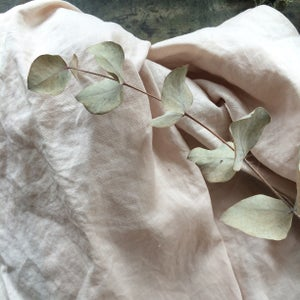 Image of Naturally dyed linen - Rose