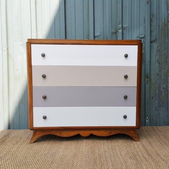 Image of Commode ancienne en bois - 4 tiroirs