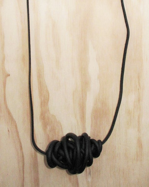 Image of Panther Giant Tangle (Black)