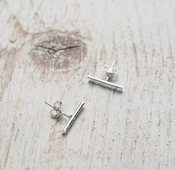 Image of small bar stick studs