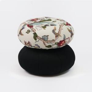 Image of Large Round Zafu Cushion – Plain
