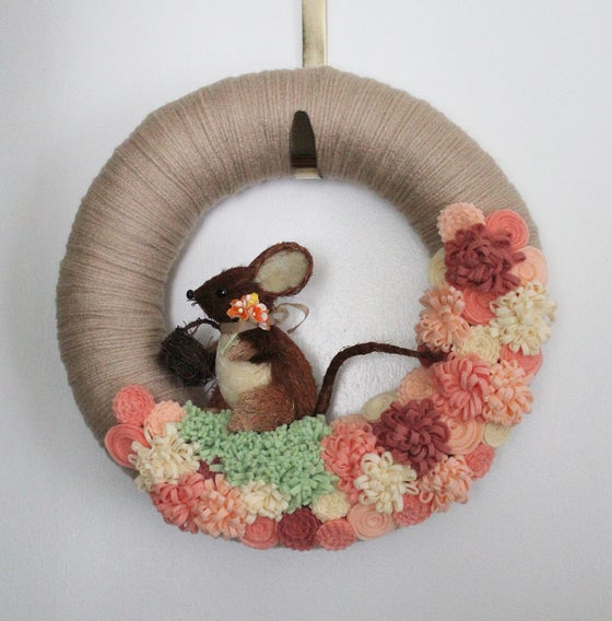 Image of Mouse Wreath in Peach and Yellow, 12-inch Wreath - Ready to Ship