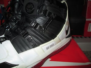 "Image of Zoom LeBron III (3) ""Salesman's Sample"" *PRE-OWNED*"