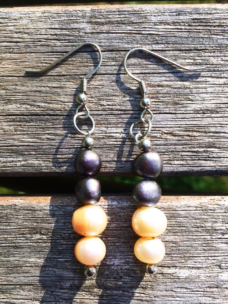 Image of Blue and Cream Pearl Earrings