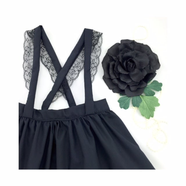 Image of Lace suspender skirt