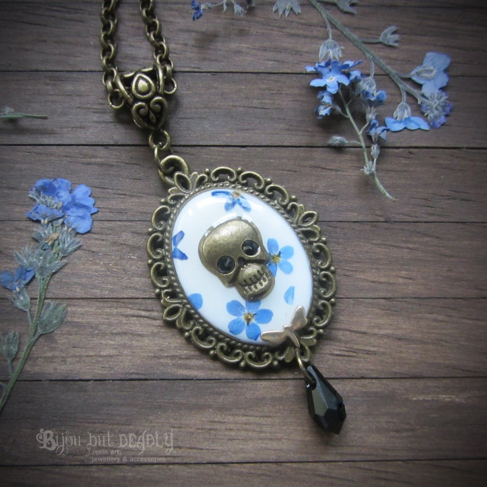 Forget-me-not Pressed Flower Skull Cameo Necklace