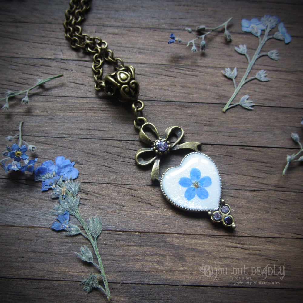 Image of Forget-me-not Pressed Flower Heart Necklace