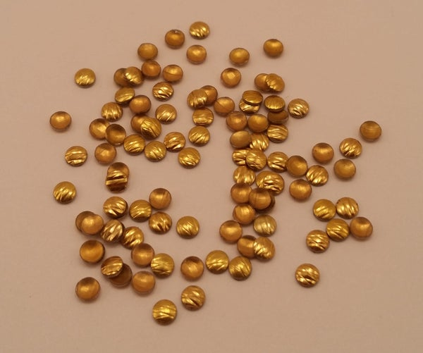Image of Etched round nail art studs (100 pcs) 2.5-3mm Gold or silver