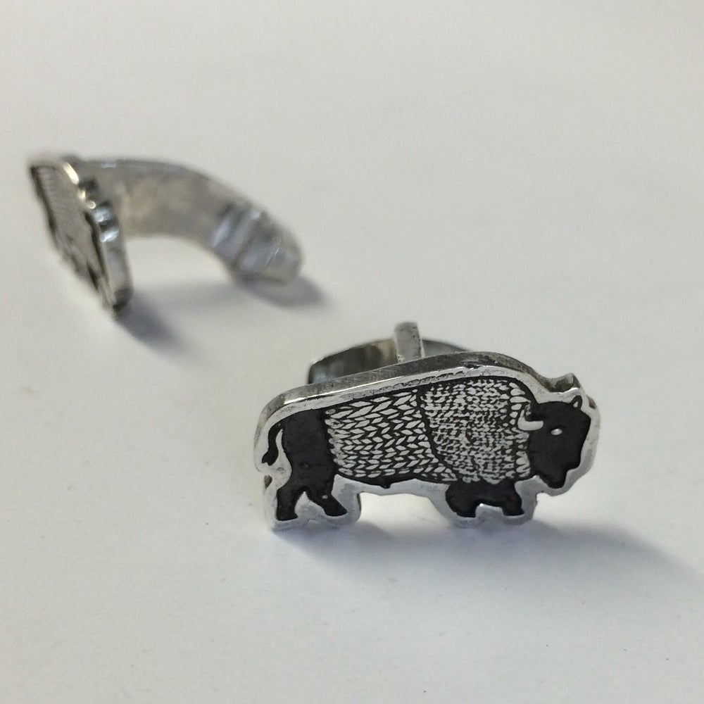 Image of BUFFALO WING CUFF LINKS (SILVER)
