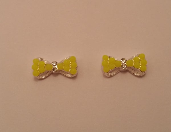 Image of Neon bow nail charms (2 pcs) 13x6mm 10x5mm Yellow or orange