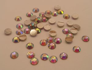 Image of RESIN ab nail gems (50-100pcs) 3-6mm