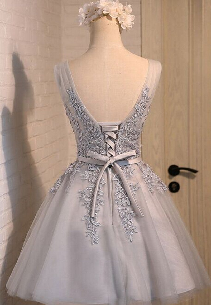 Cute Tulle Short V-neckline Prom Dress with Lace Applique, Homecoming Dresses