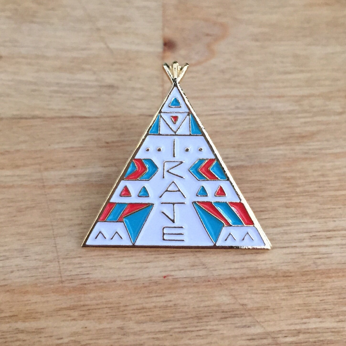 Image of Tipi pins, by Miraje