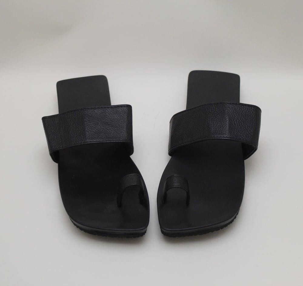 Image of Square Biz Flip Flops (BLK)