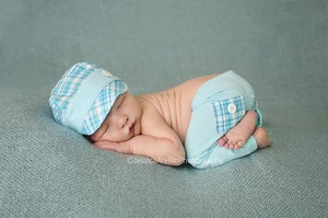 Image of Studio Newborn Poser
