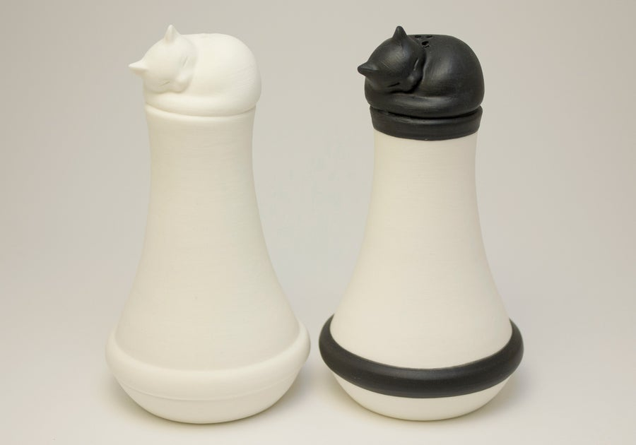 Image of Salt and Pepper Shaker Set with Sleeping Cats