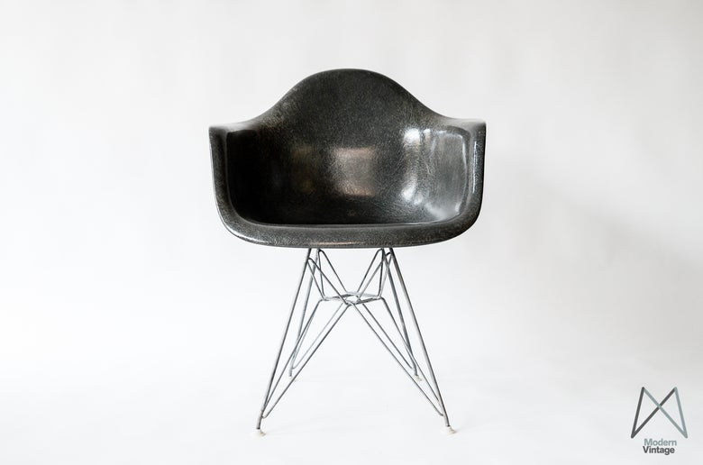 Image of Eames DAR Herman Miller Elephant Grey Stuhl Sessel