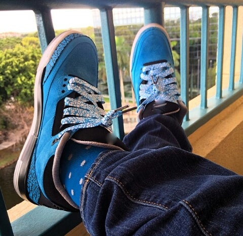 "Image of Exclusive ""ELEPHANT PRINT/CEMENT"" LE Custom Shoelaces (Powder Blue)"